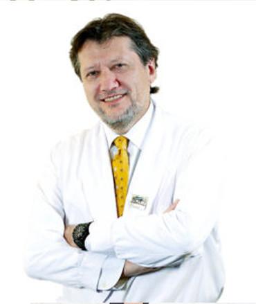 Профессор Рафаэль Барракер